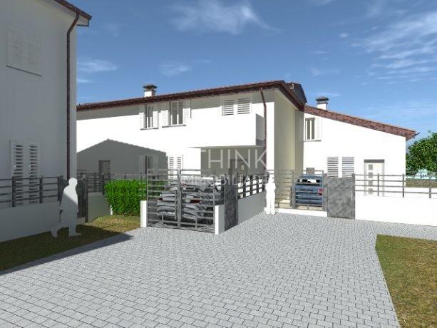 Nuovo appartamento con balcone e posto auto