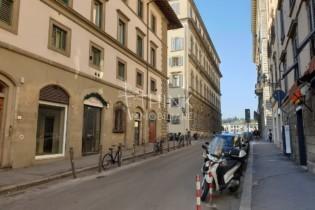 Affitto Fondo Commerciale zona Borgo Ognissanti Firenze