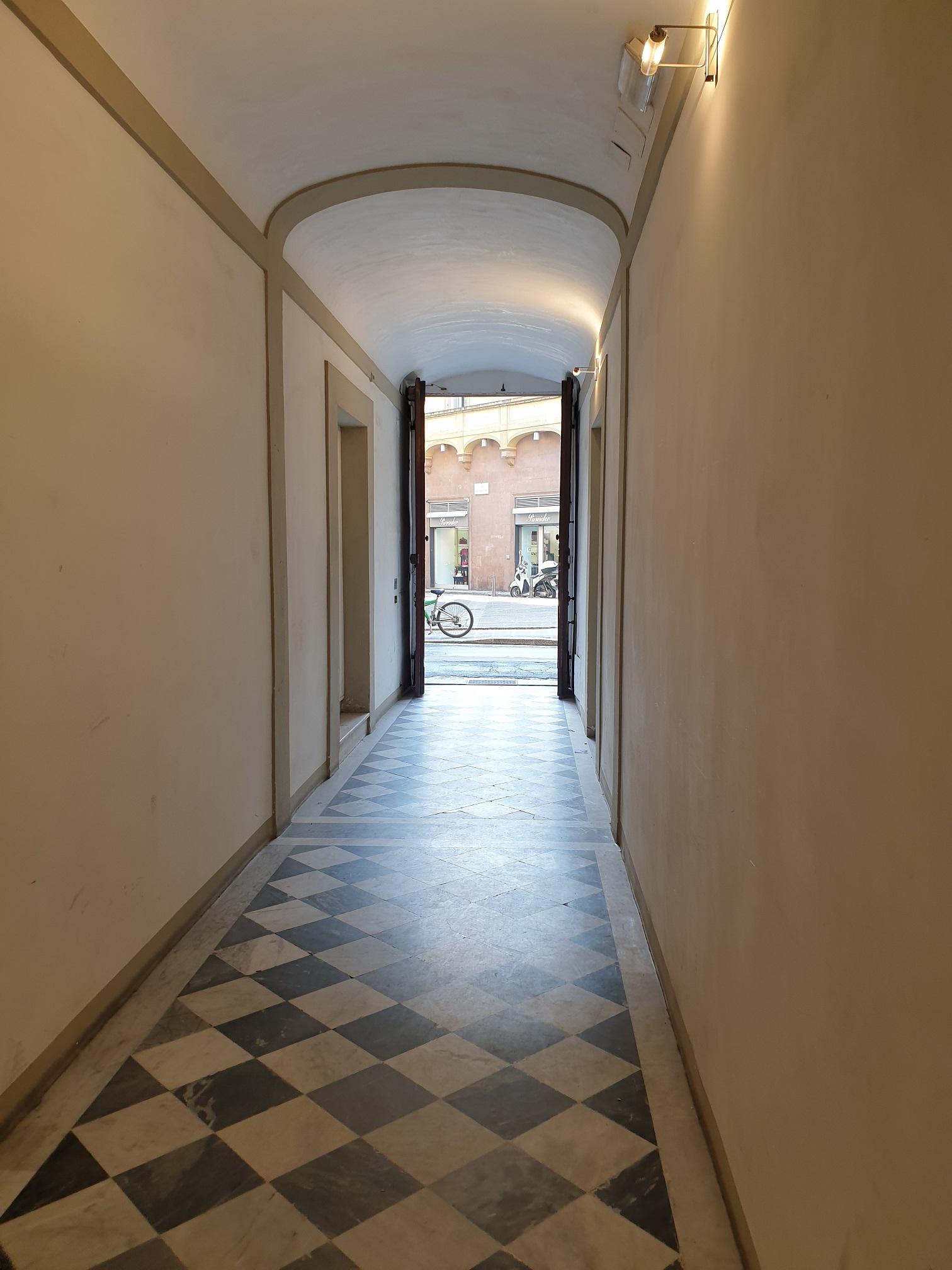 Affitto delizioso bilocale con terrazza panoramica, Via della Vigna, Firenze
