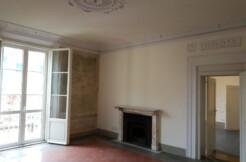affitto sei vani in palazzo nobile Firenze centro
