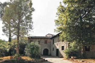Vendita Appartamento in Villa con Giardino